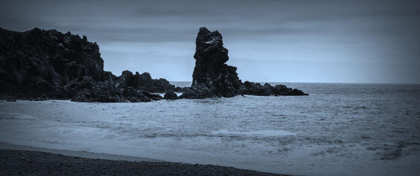 冰岛Djúpalónssandur沙滩,标志性的礁石_图1-26