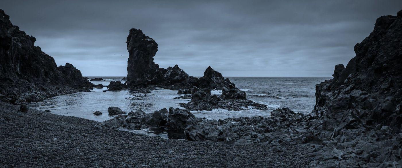 冰岛Djúpalónssandur沙滩,标志性的礁石_图1-32