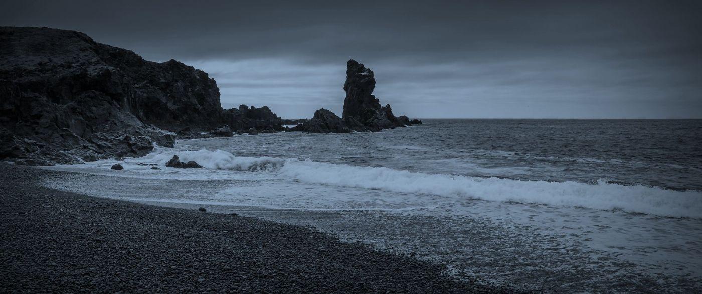 冰岛Djúpalónssandur沙滩,标志性的礁石_图1-30