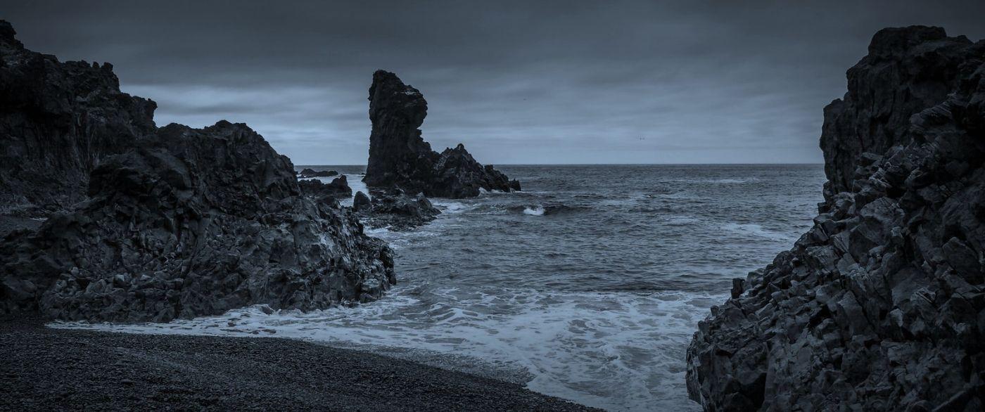 冰岛Djúpalónssandur沙滩,标志性的礁石_图1-35