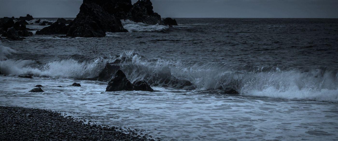 冰岛Djúpalónssandur沙滩,标志性的礁石_图1-40