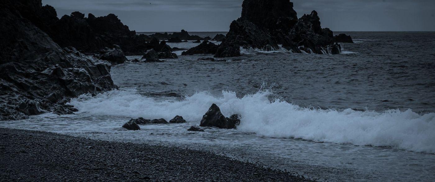 冰岛Djúpalónssandur沙滩,标志性的礁石_图1-39