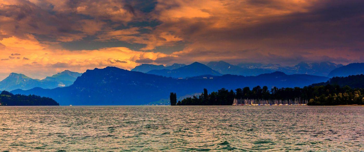 瑞士卢塞恩(Lucerne),拨开云雾见光明_图1-32