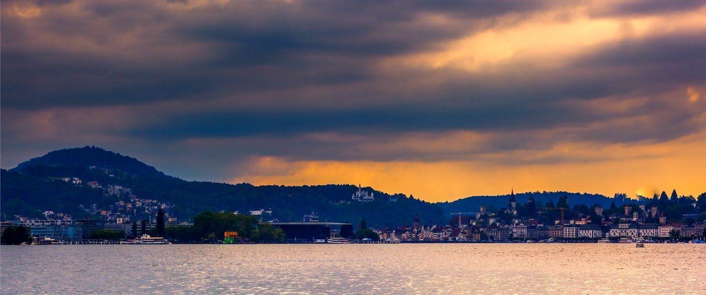 瑞士卢塞恩(Lucerne),拨开云雾见光明_图1-30