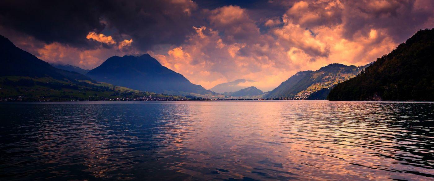 瑞士卢塞恩(Lucerne),拨开云雾见光明_图1-29