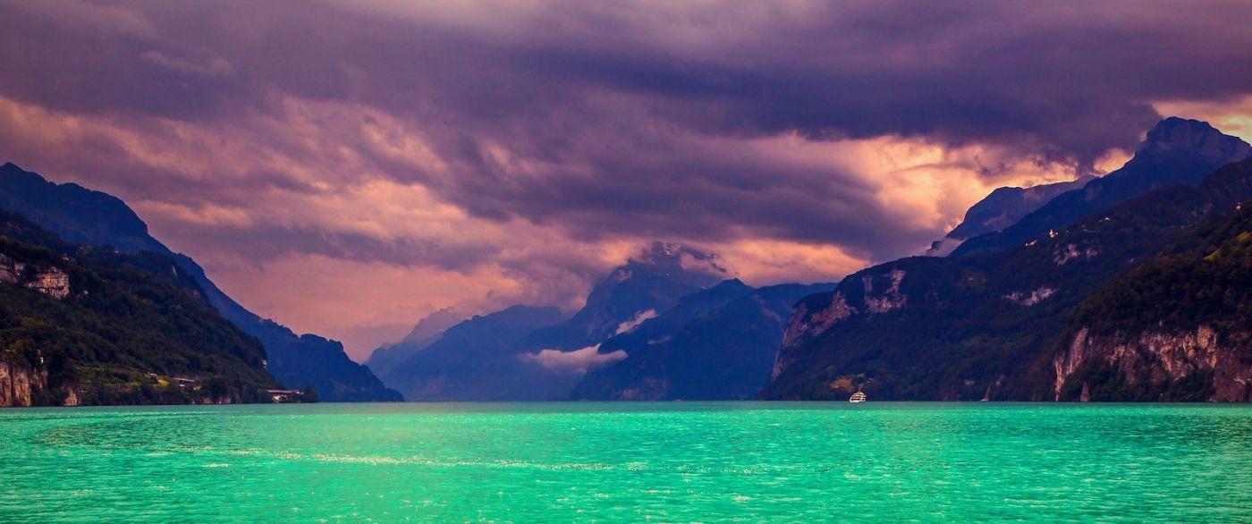 瑞士卢塞恩(Lucerne),拨开云雾见光明_图1-25