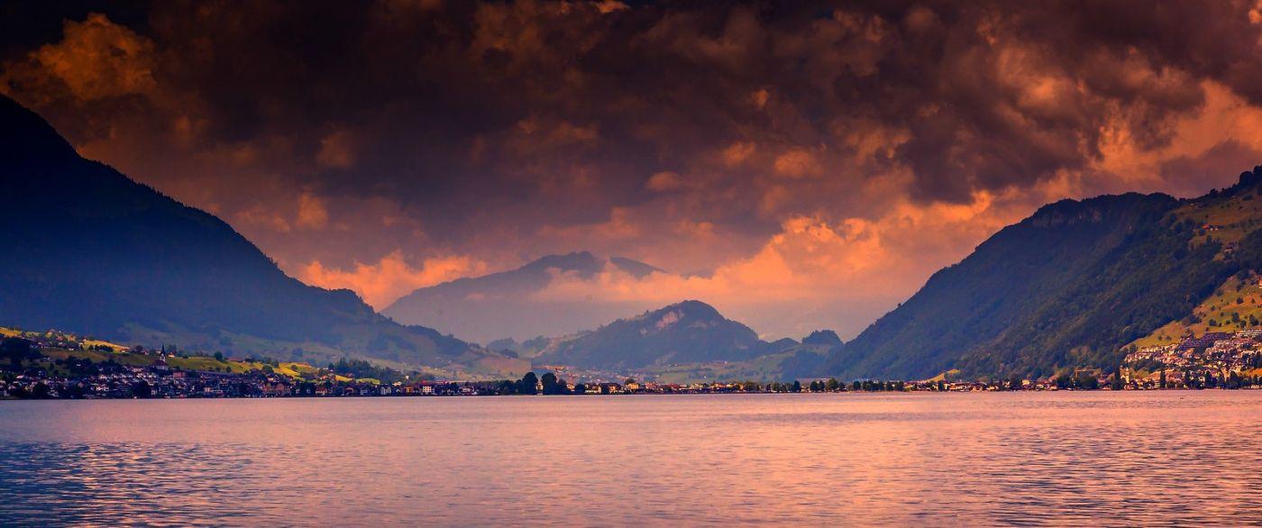 瑞士卢塞恩(Lucerne),拨开云雾见光明_图1-28