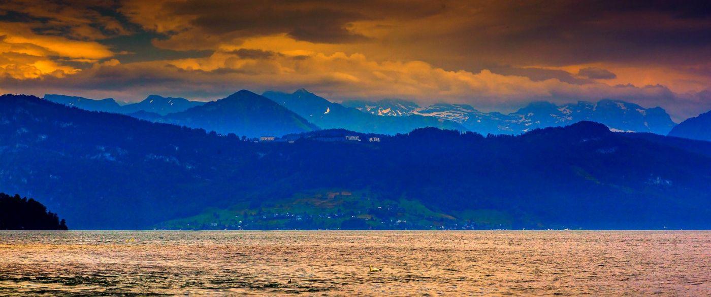 瑞士卢塞恩(Lucerne),拨开云雾见光明_图1-6