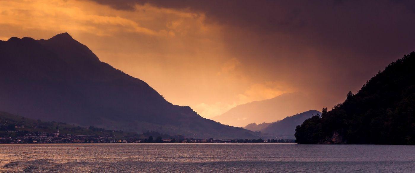 瑞士卢塞恩(Lucerne),拨开云雾见光明_图1-9