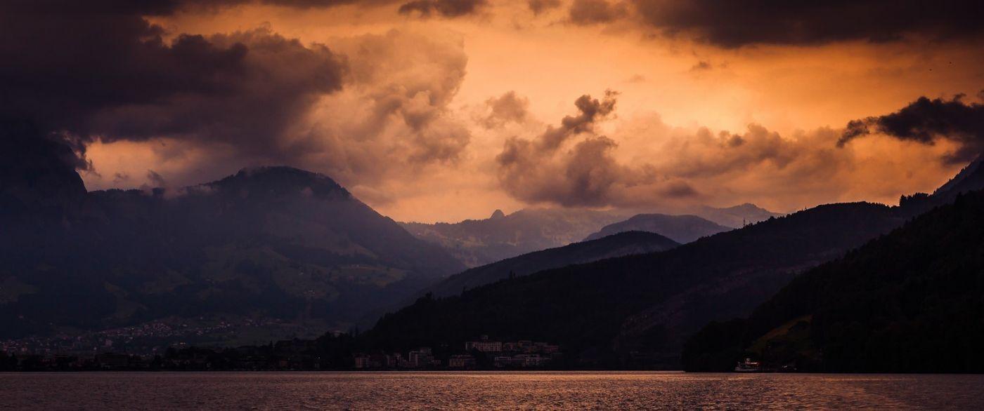 瑞士卢塞恩(Lucerne),拨开云雾见光明_图1-11