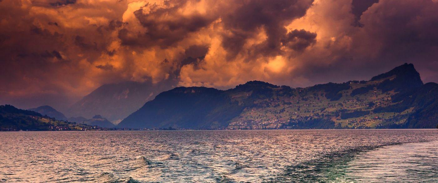 瑞士卢塞恩(Lucerne),拨开云雾见光明_图1-14