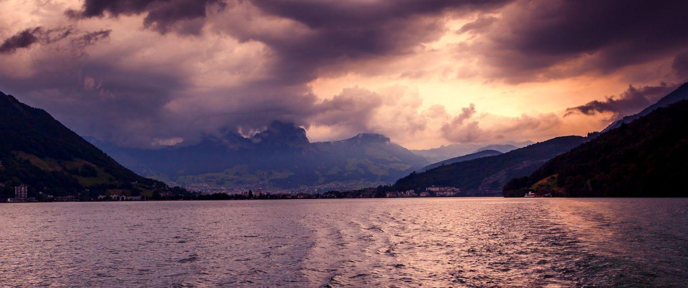 瑞士卢塞恩(Lucerne),拨开云雾见光明_图1-18