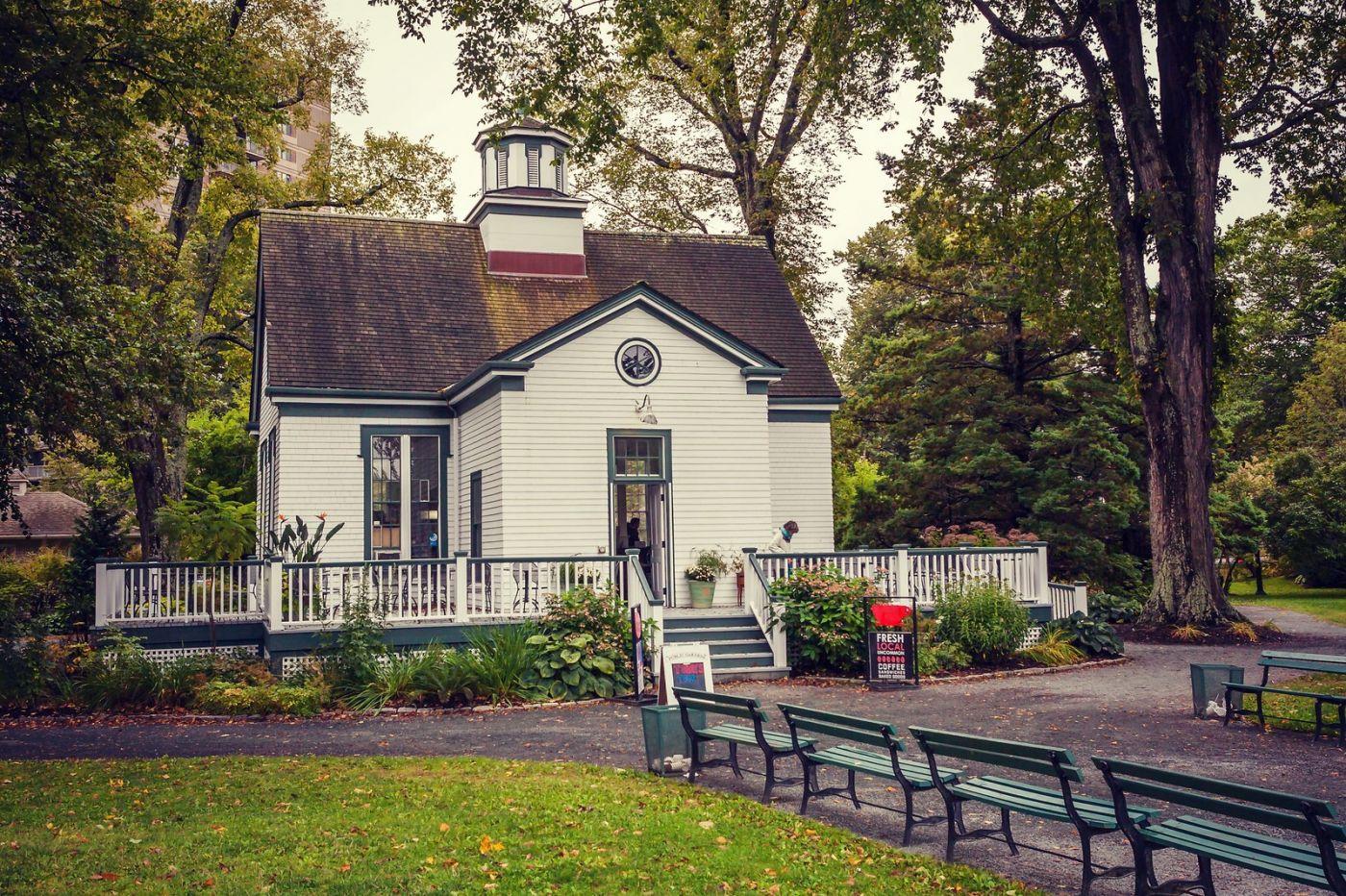 加拿大哈利法克斯(Halifax)公共花园,漂亮的花亭_图1-32