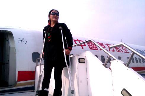 高娓娓:假如主播刘欣在美国吐槽取行李无人帮忙_图1-5