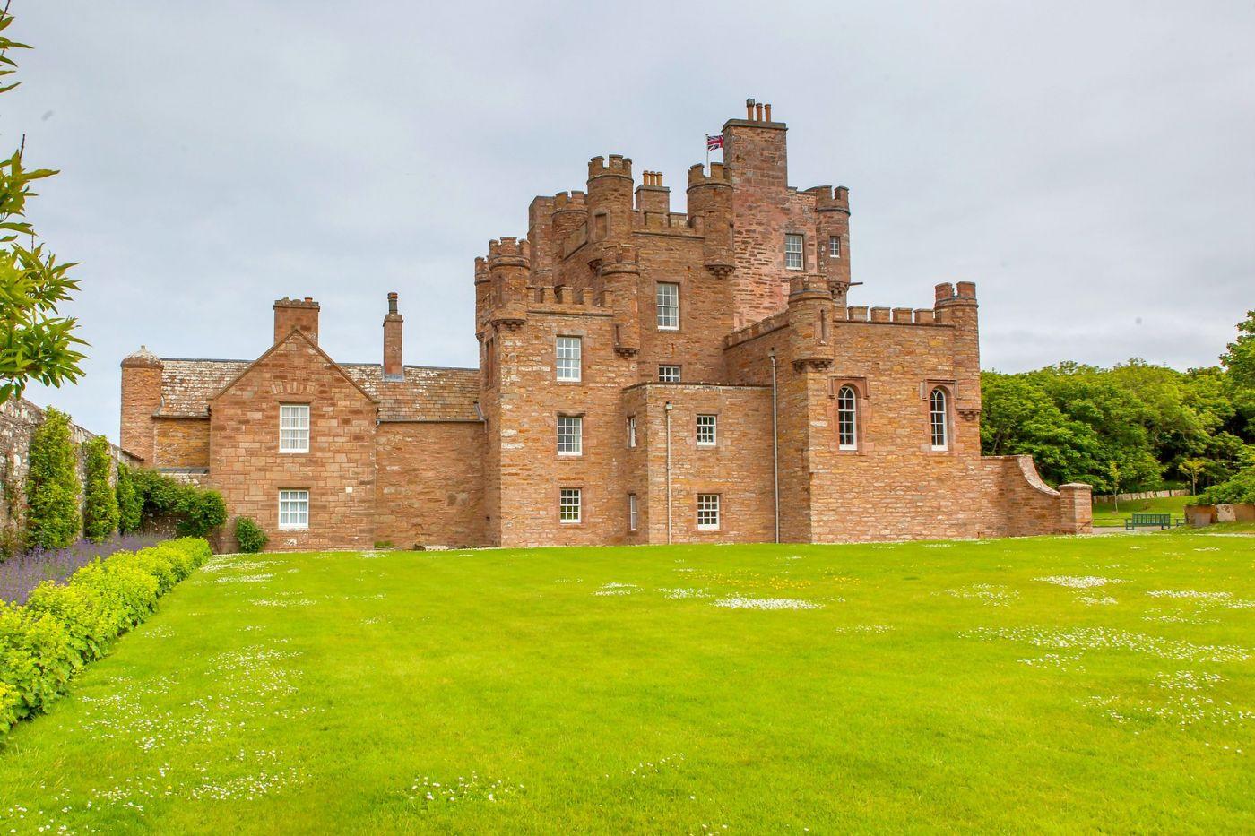 苏格兰梅城堡(Castle of Mey),五百年历史_图1-4