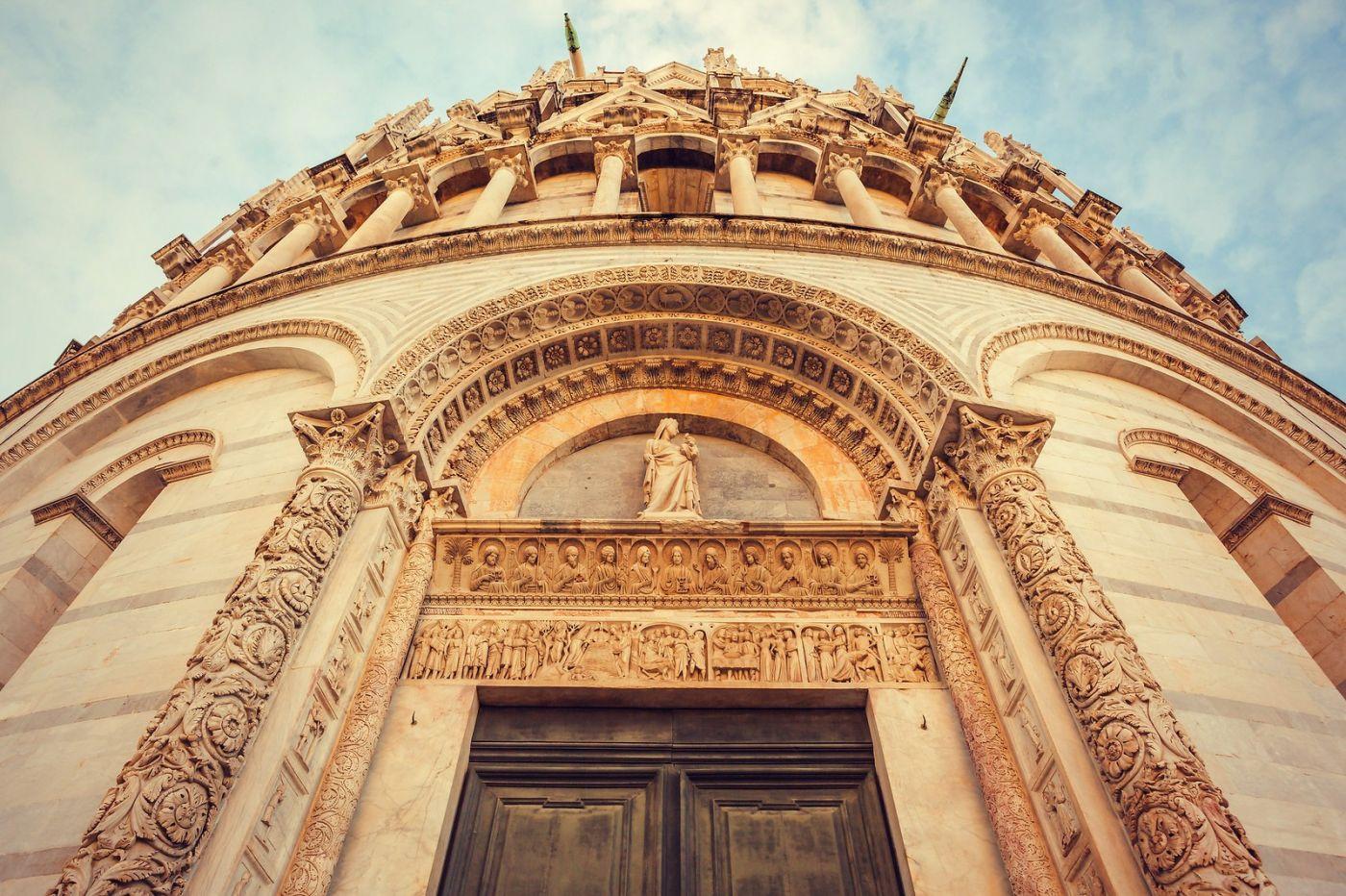 意大利比萨斜塔,塔旁的建筑群_图1-27