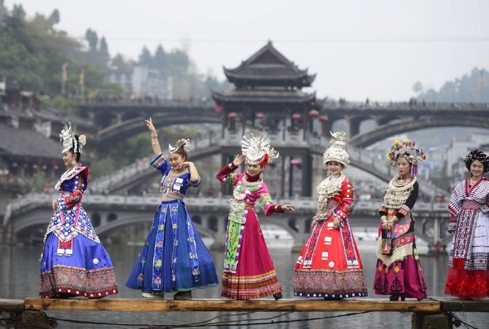 中国美女最多的地方是哪里?不是广东也不是浙江,当地人吃饭爱吃辣椒 ..._图1-5
