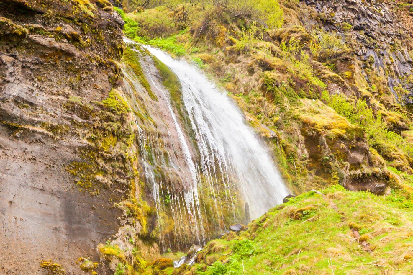 冰岛塞里雅兰瀑布(Seljalandsfoss),半空而下_图1-18