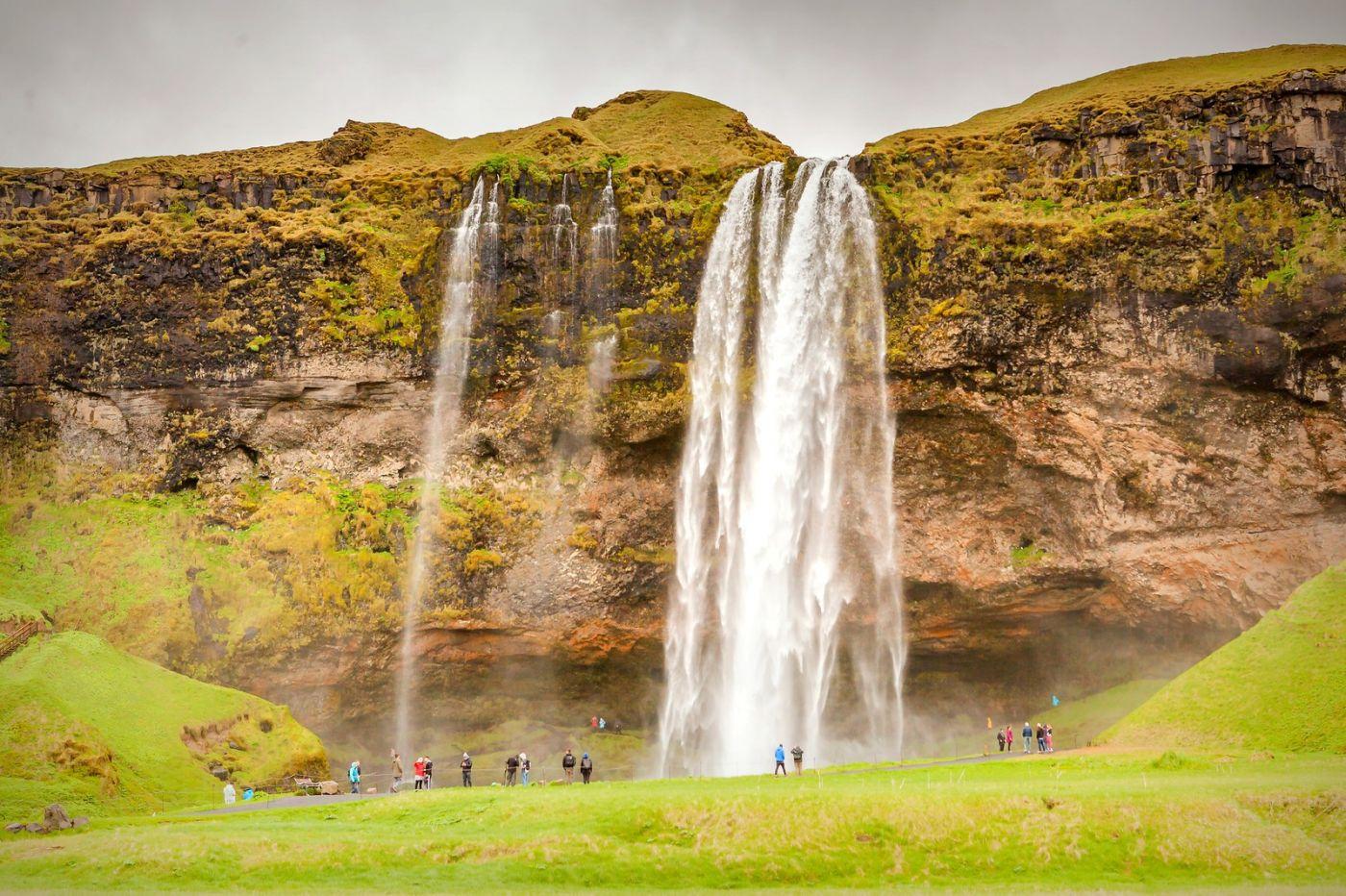 冰岛塞里雅兰瀑布(Seljalandsfoss),半空而下_图1-14
