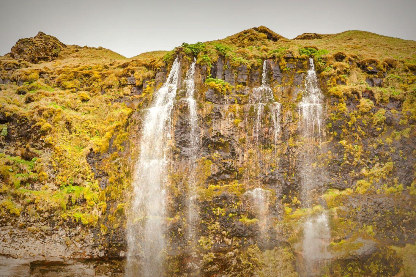 冰岛塞里雅兰瀑布(Seljalandsfoss),半空而下_图1-13