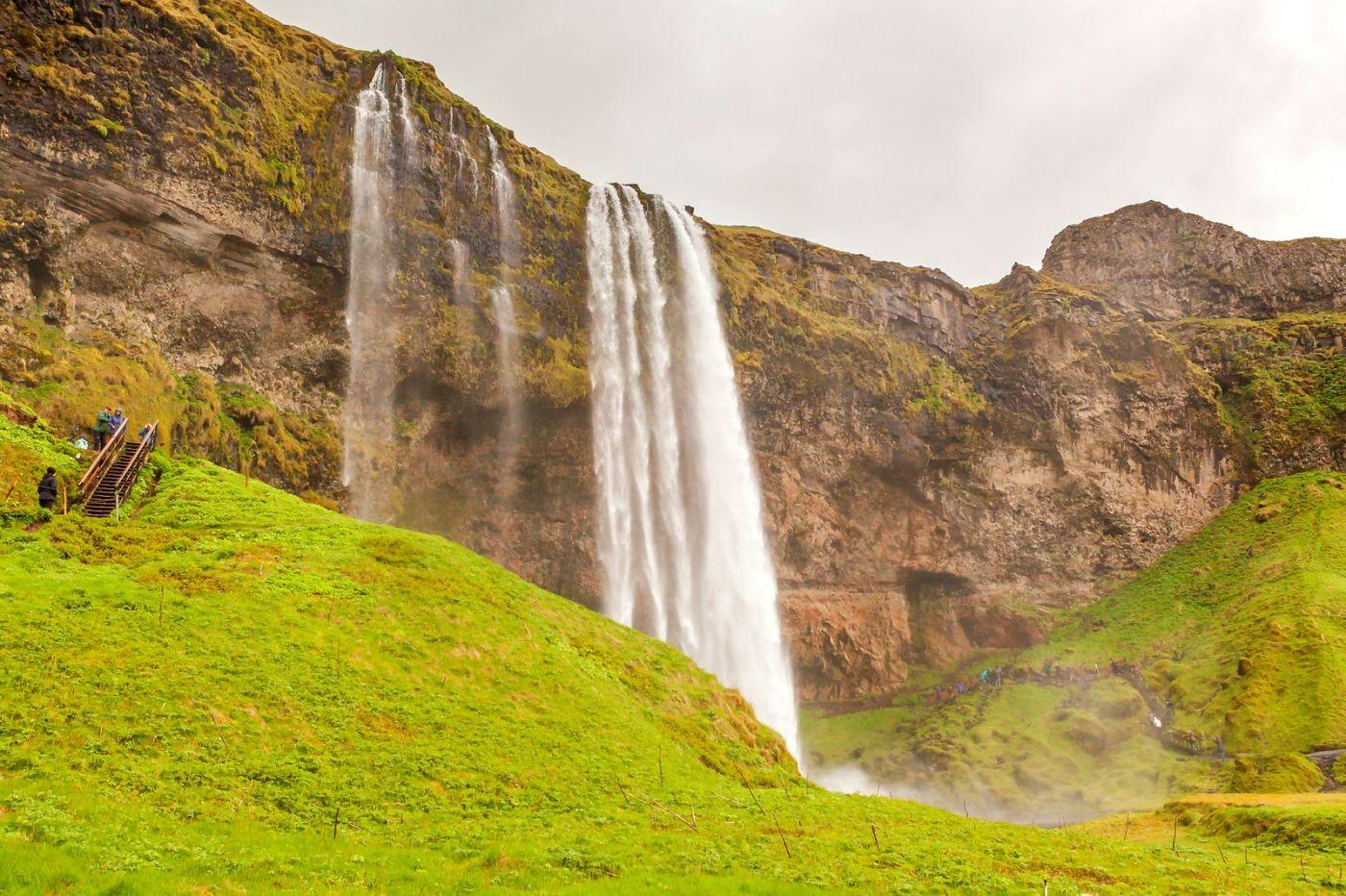 冰岛塞里雅兰瀑布(Seljalandsfoss),半空而下_图1-15