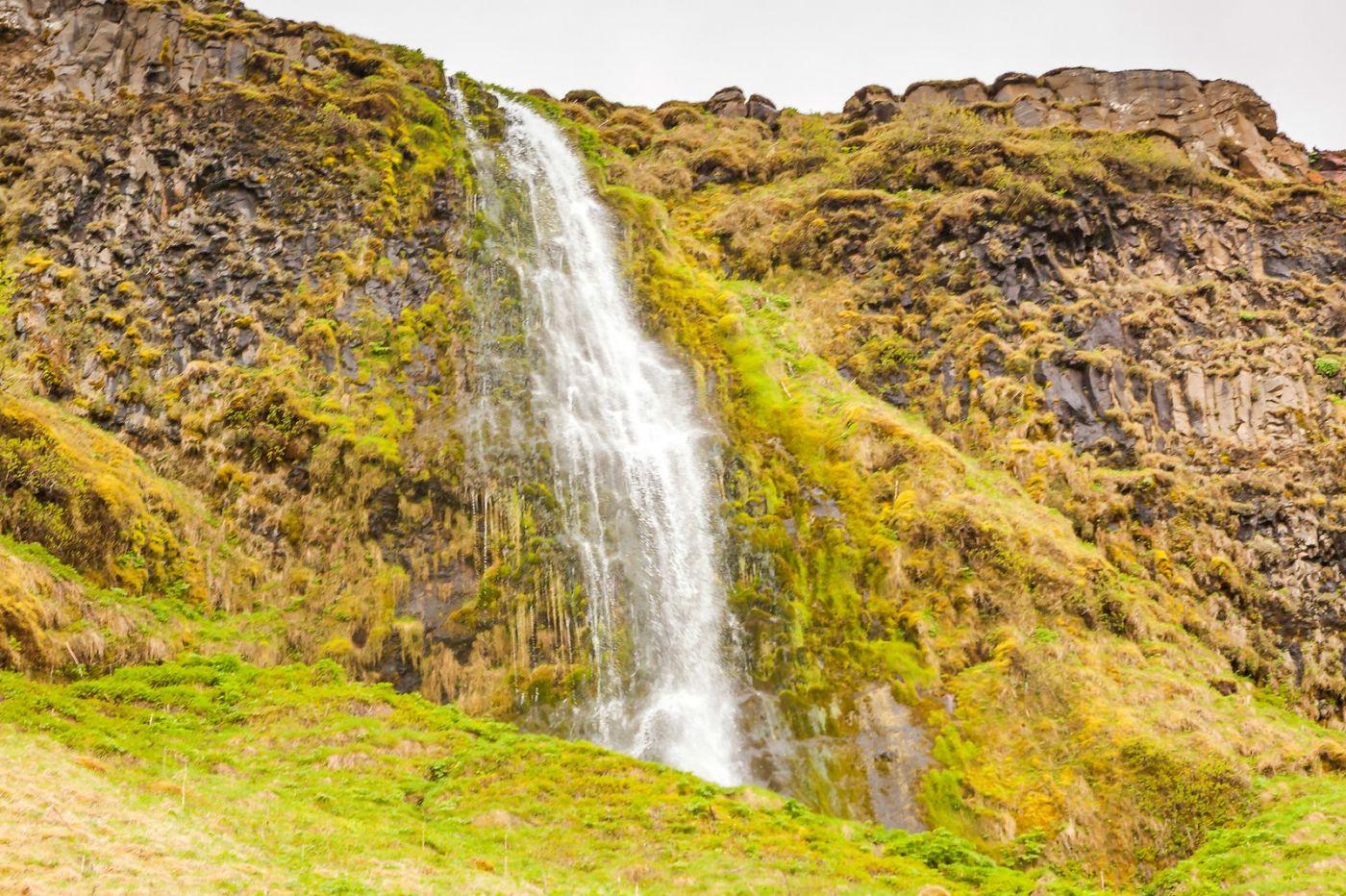 冰岛塞里雅兰瀑布(Seljalandsfoss),半空而下_图1-16