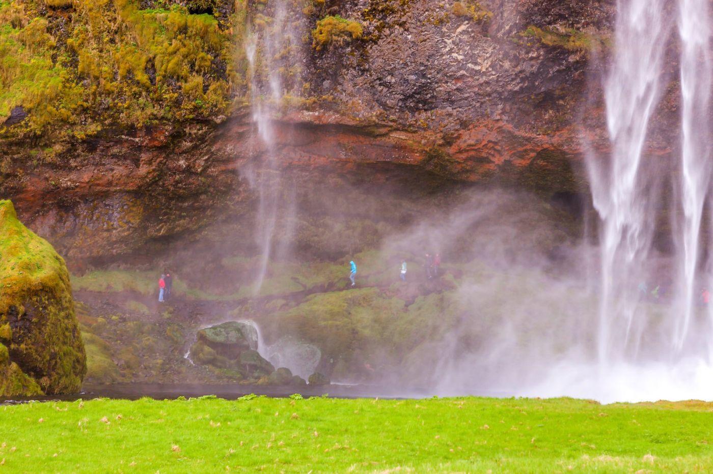 冰岛塞里雅兰瀑布(Seljalandsfoss),半空而下_图1-2