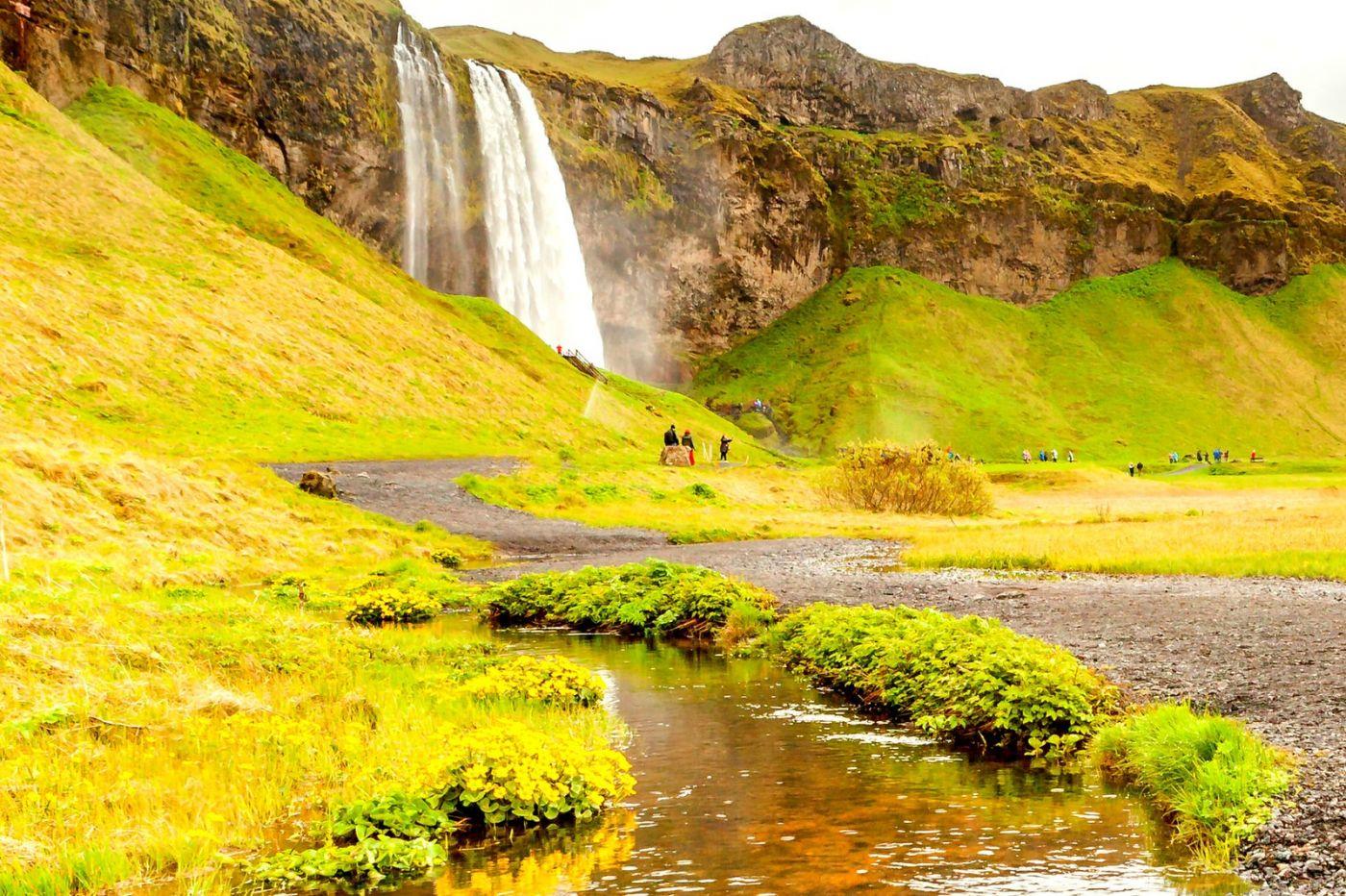 冰岛塞里雅兰瀑布(Seljalandsfoss),半空而下_图1-1