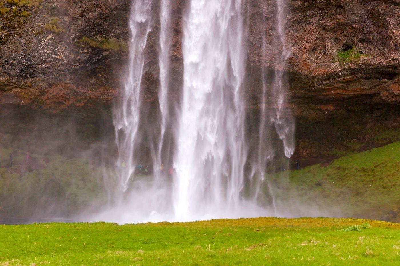 冰岛塞里雅兰瀑布(Seljalandsfoss),半空而下_图1-5
