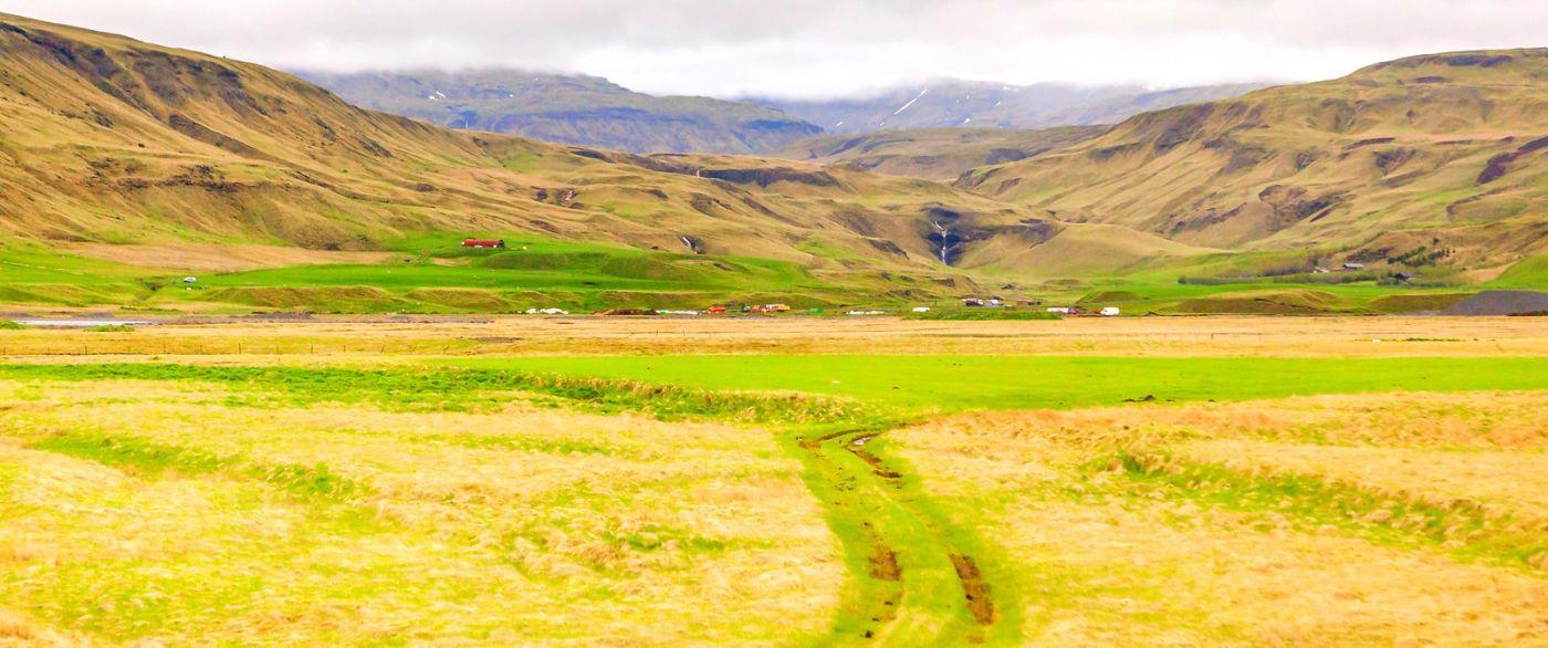 冰岛风采,山坳里的世界_图1-2