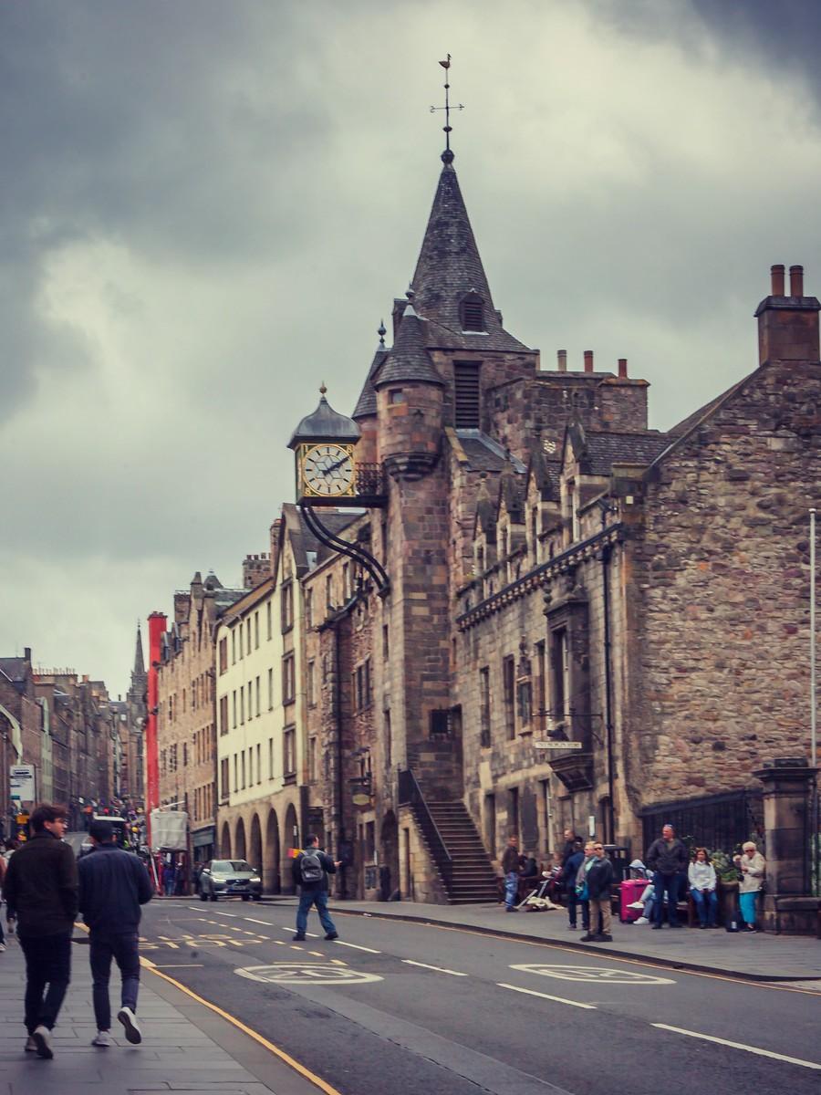 苏格兰爱丁堡,街上行人_图1-38