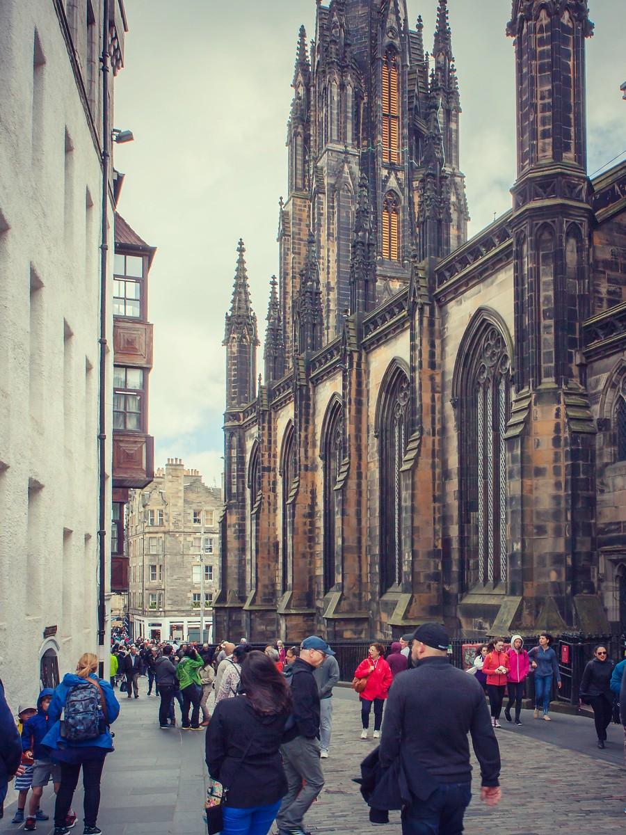 苏格兰爱丁堡,街上行人_图1-31