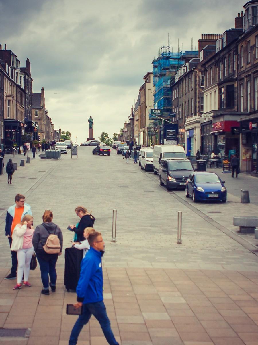 苏格兰爱丁堡,街上行人_图1-26