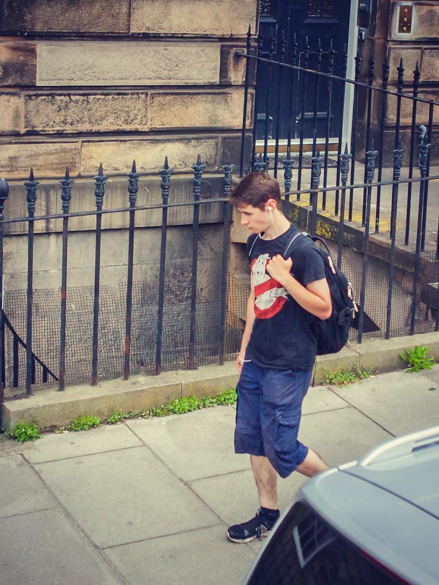 苏格兰爱丁堡,街上行人_图1-12