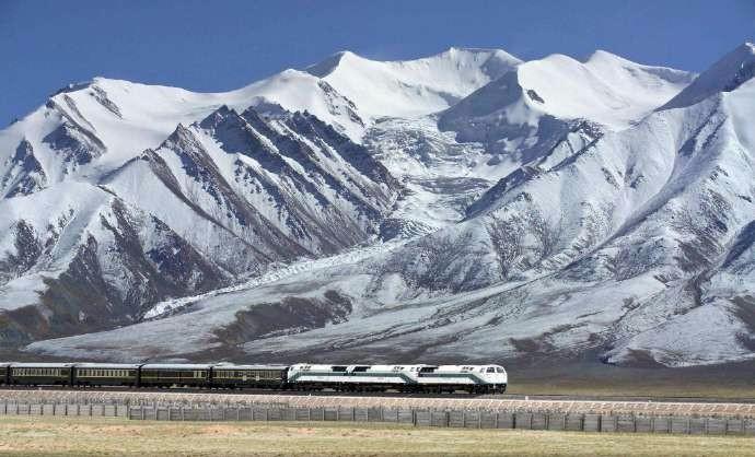 """中国将""""打穿""""喜马拉雅山?日喀则.加德满都 中尼铁路预计将在2025年正式开通 ..._图1-1"""