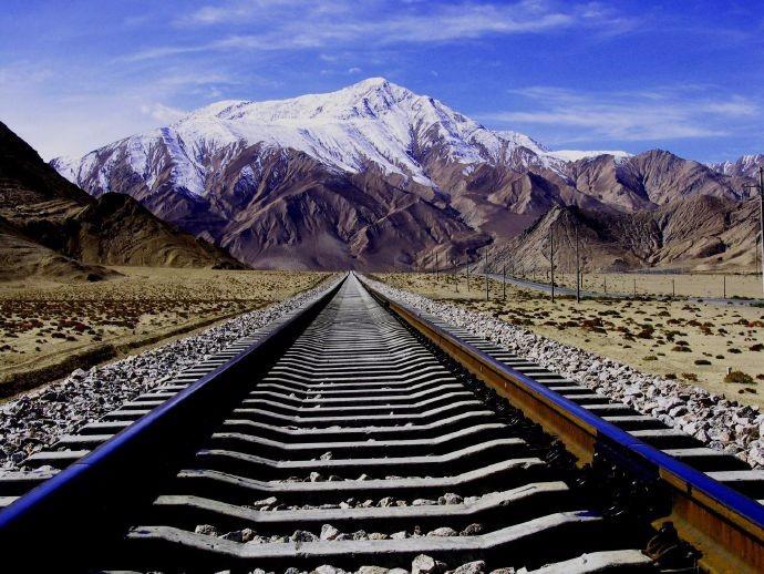 """中国将""""打穿""""喜马拉雅山?日喀则.加德满都 中尼铁路预计将在2025年正式开通 ..._图1-3"""