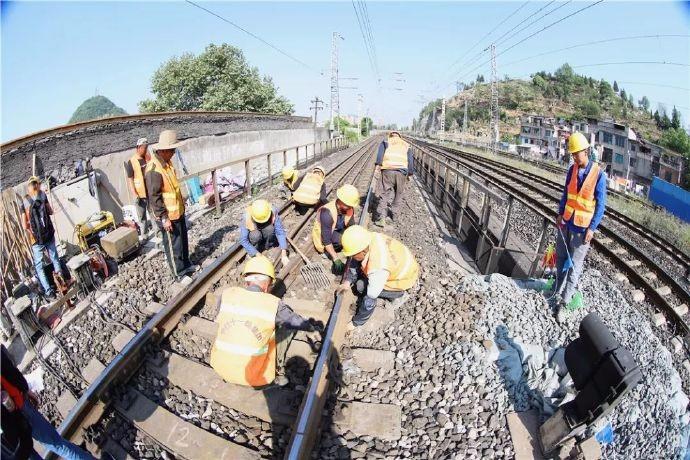 """中国将""""打穿""""喜马拉雅山?日喀则.加德满都 中尼铁路预计将在2025年正式开通 ..._图1-5"""