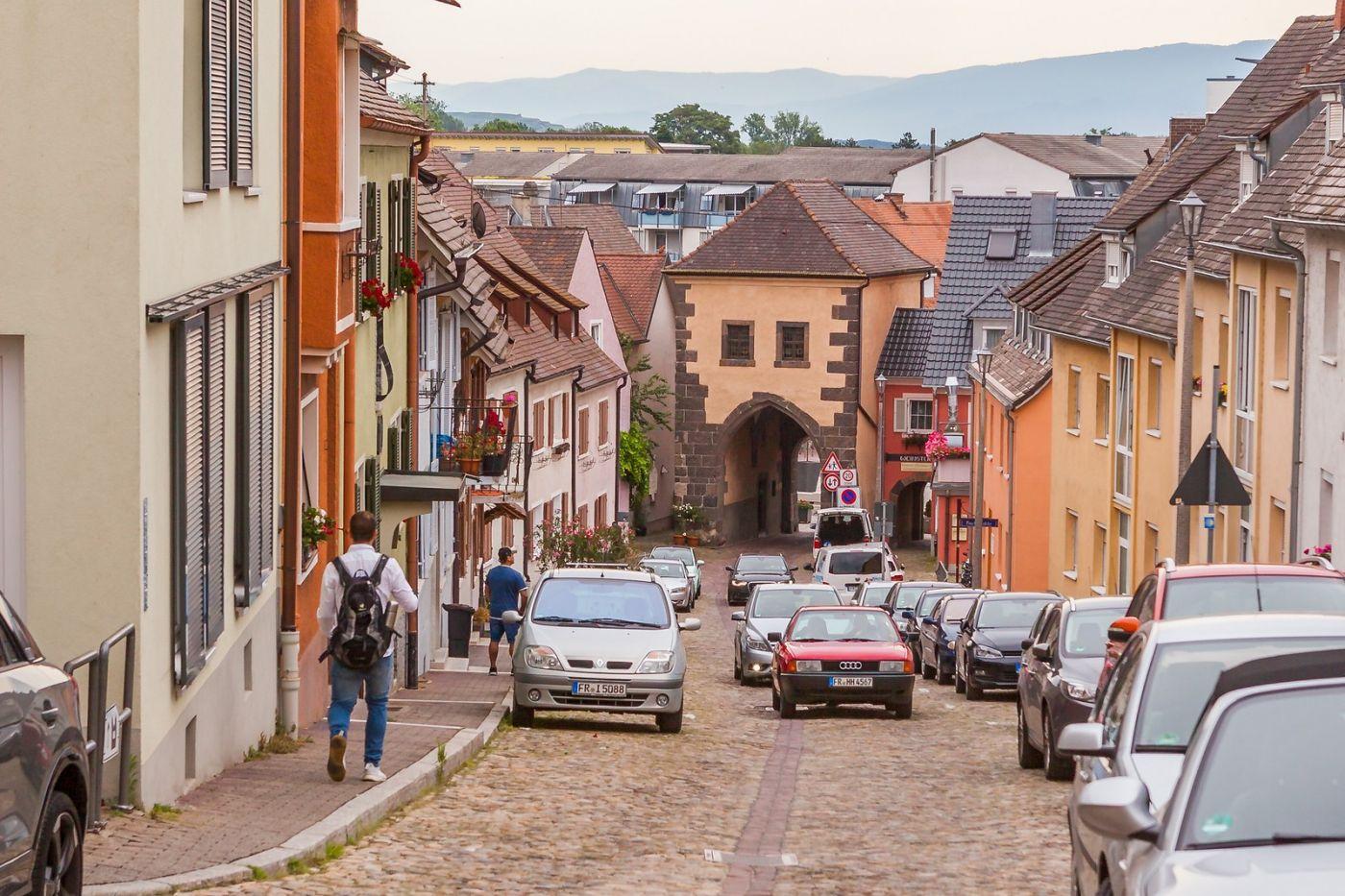 德国布赖萨赫(Breisach),城小历史久_图1-36