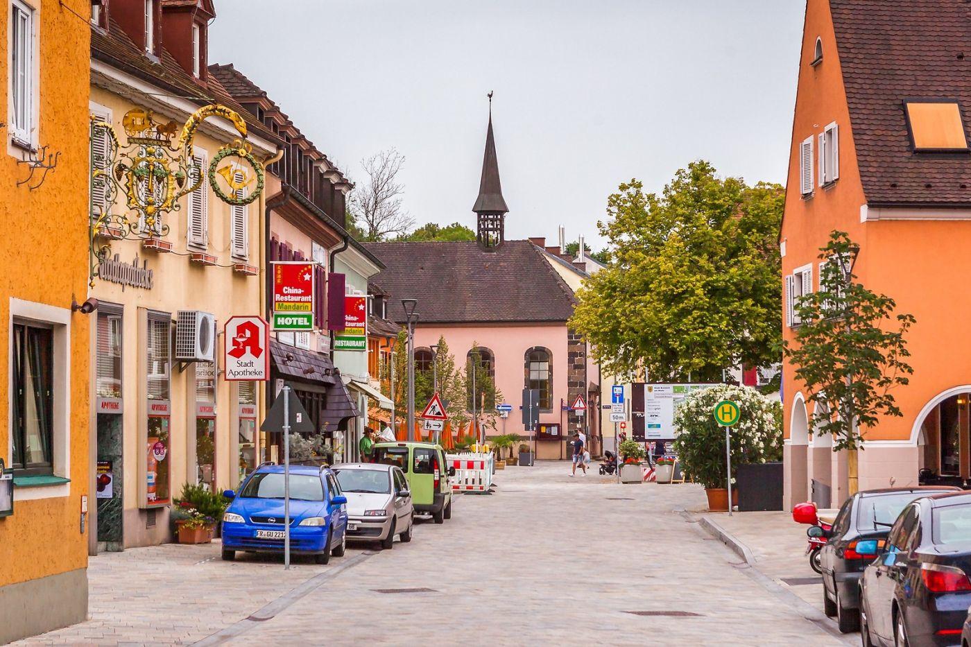 德国布赖萨赫(Breisach),城小历史久_图1-26