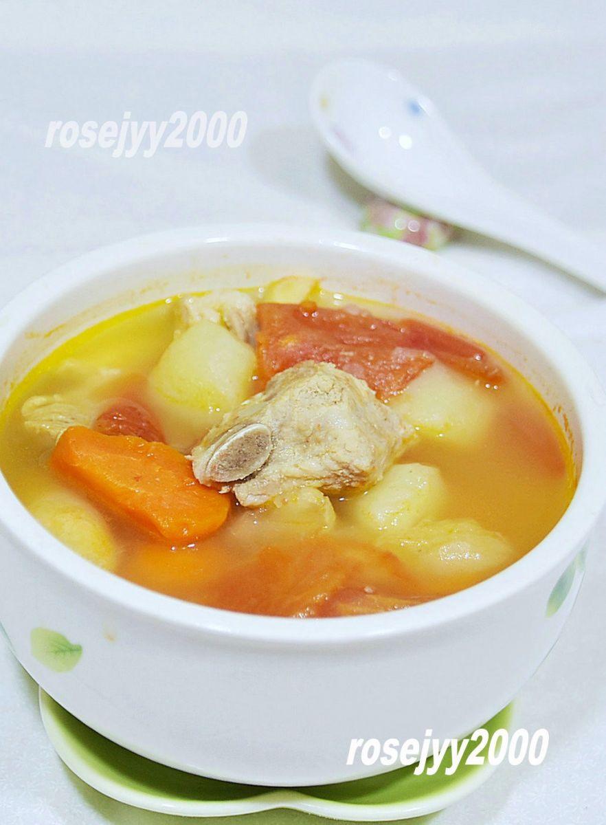 排骨青红萝卜土豆汤_图1-3
