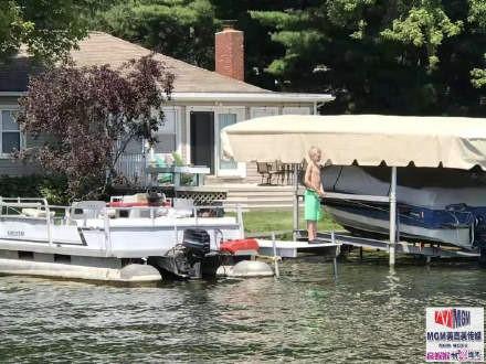 高娓娓:美国人的另类水上生活,吃饭、八卦、派对都在船上 ..._图1-5