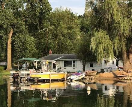 高娓娓:美国人的另类水上生活,吃饭、八卦、派对都在船上 ..._图1-13