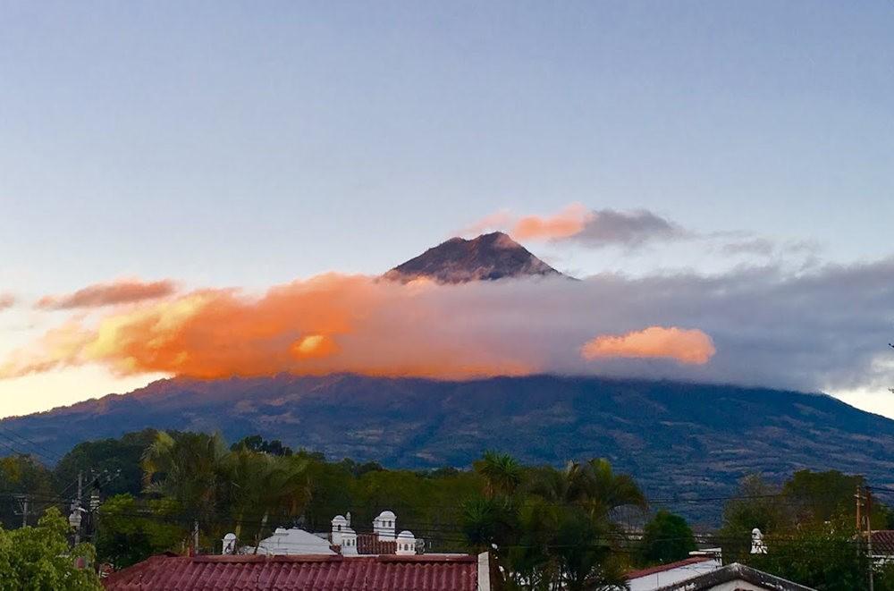 安提瓜----危地马拉的城镇_图1-1