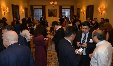 中美企业家座谈会在美国哈佛俱乐部成功举行 ..._图1-4