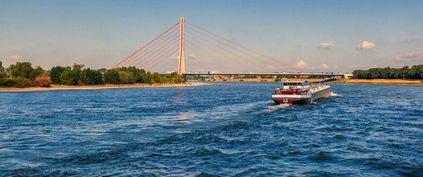 畅游莱茵河,流动的音符_图1-10