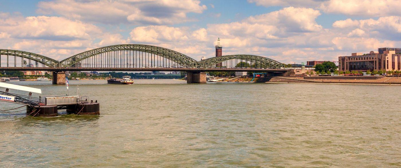 畅游莱茵河,流动的音符_图1-9