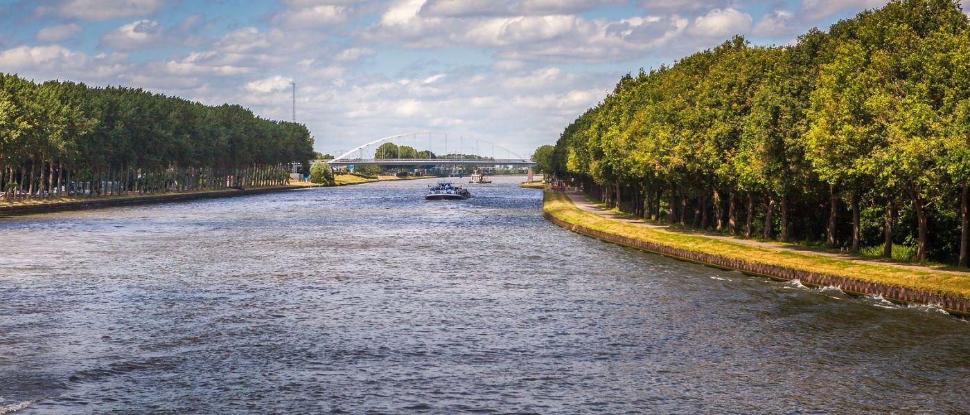 畅游莱茵河,流动的音符_图1-24