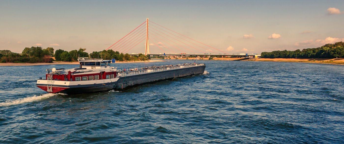 畅游莱茵河,流动的音符_图1-25