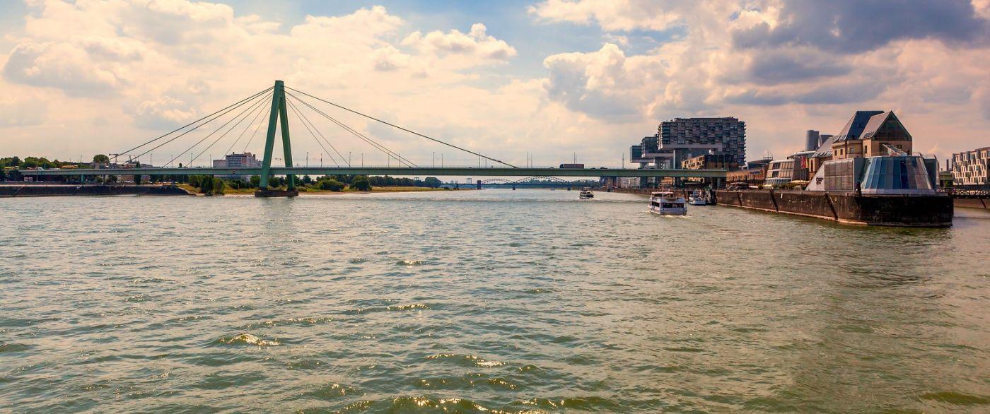 畅游莱茵河,流动的音符_图1-30