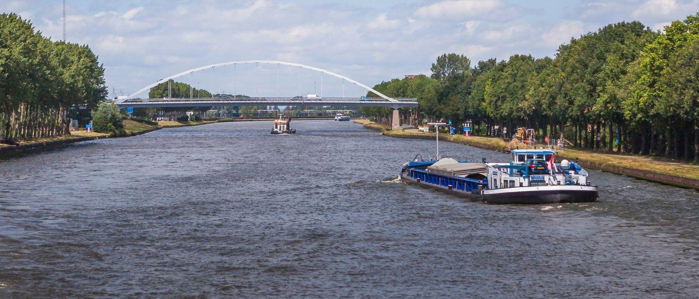 畅游莱茵河,流动的音符_图1-35